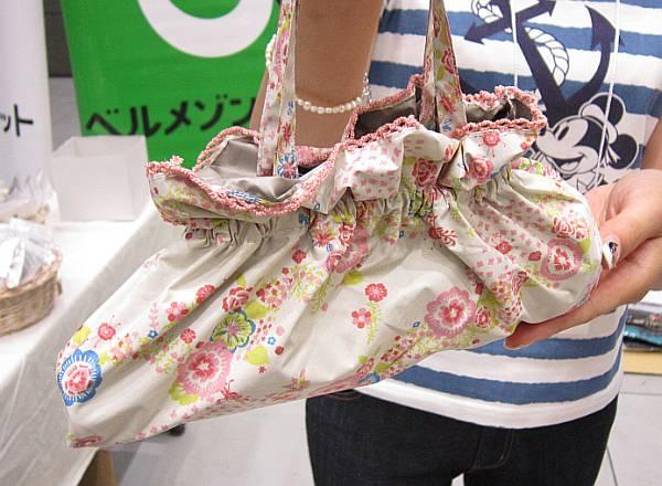 ランチバッグのようなカワイイ収納バッグ