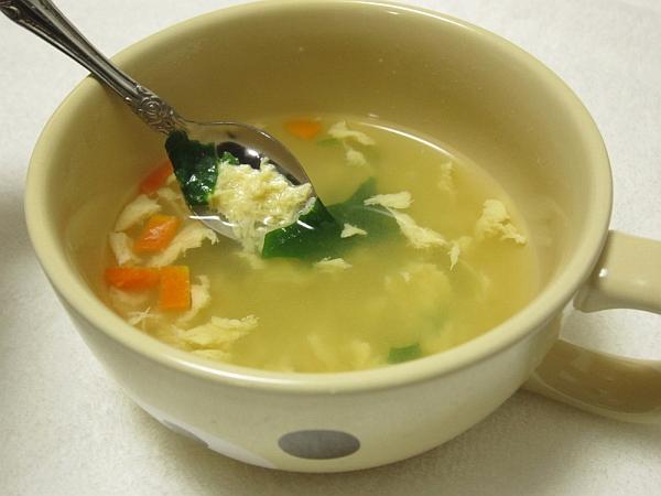 塩分控えめでおいしい葉酸たまごスープ
